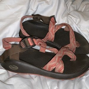 CHACOS! Size 9 Orange chacos